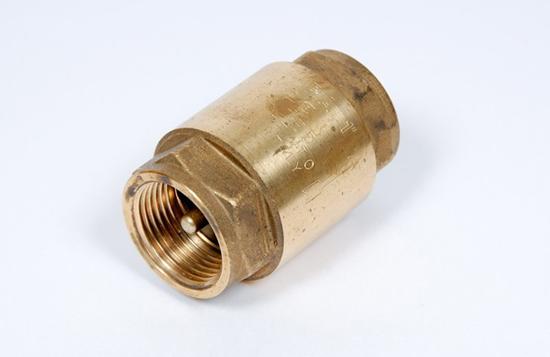 Для чего в трубопроводной системе устанавливается обратный клапан
